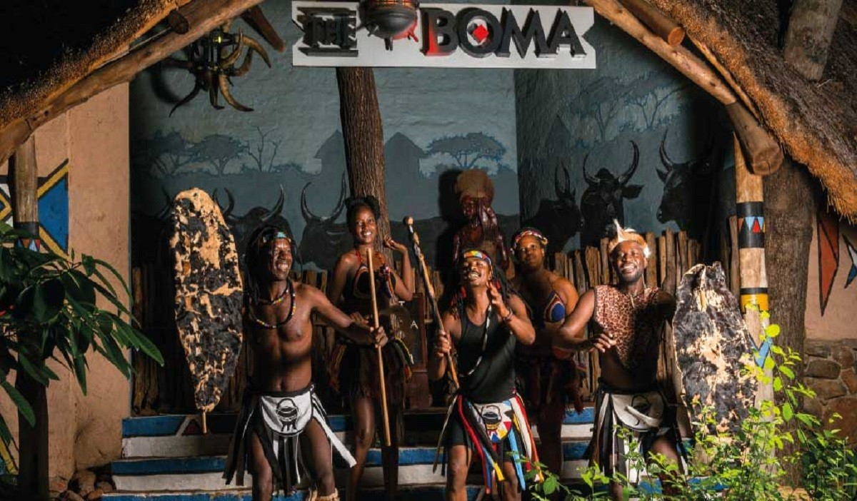 Boma Dinner And Drum Show